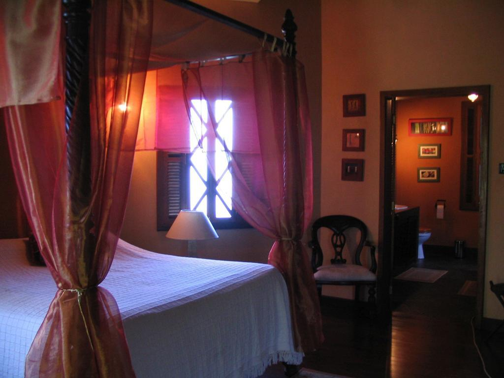 HOTEL LE JARDIN DE BEAU VALLON, MAHEBOURG **